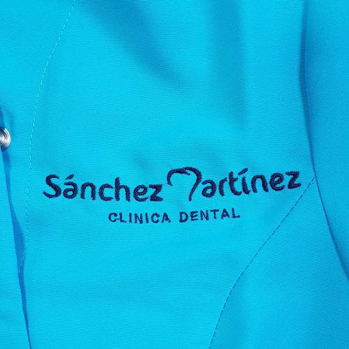 Bordado Clinica Dental V2uniformes